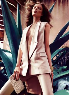 Spring Glam – Naty Chabanenko is pure glam in the March edition of Vogue Spain, shot by Hunter & Gatti.