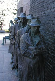 Great Depression bread line, bronze sculpture, FDR Monument, Washington, DC. Photo by Jake Marshall.