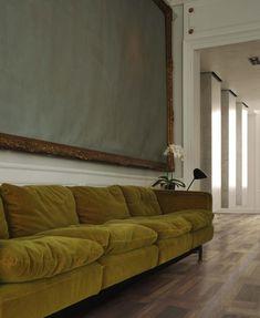 www.AlmaParket.nl vloeren Breda. Houten vloer in een klassiek molenwiek patroon voor een mooi woon interieur.