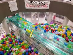 Helpful Fun April Fools Techniques For funny april fools pranks for school awesome Funny April Fools Pranks, Funny Pranks, High School Memories, School Fun, Best Senior Pranks, High School Pranks, Christmas Pranks, Friday Night Lights, Senior Quotes