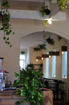 Richmond Melbourne, Cafe Idea, Cafe Restaurant, Cheap Web Hosting, Hospitality, Hot, Restaurants, Bridge, Interiors