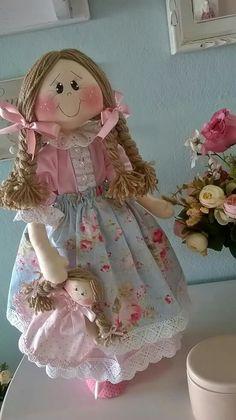 Teresa pacheco s 388 media analytics salvabrani – Artofit Doll Crafts, Diy Doll, Homemade Cloth Dolls, Sock Toys, Doll Dress Patterns, Diy Crafts For Gifts, Sewing Dolls, Waldorf Dolls, Doll Hair