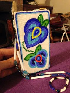 Phone holder Coin Purse Wallet, Pouch Bag, Pouches, Powwow Beadwork, Native Beadwork, Native American Regalia, Native American Beadwork, Loom Patterns, Beading Patterns