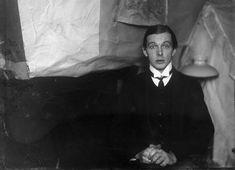 Ernest Ludwig Kirchner-interesting hands...