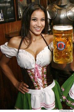 Octoberfest Girls, Sexy Work Outfit, German Beer Festival, Beer Girl, Beauty Around The World, Just Girl Things, Beautiful Women, Beautiful Clothes, Root Beer