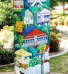 What a nice tribute to the Queenslander style. Brisbane Gold Coast, Brisbane River, Brisbane Australia, Queenslander, Building Art, Australian Homes, Public Art, Box Art, Art Pieces