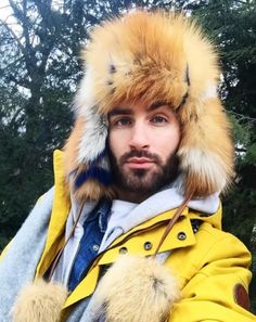 Blogger Vanitas with Gena Meru Patch fur hat