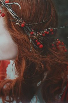 Hair red black redheads 22 Ideas for 2019 Crimson Hair, Fantasy Photography, Foto Art, Eye Make, Red Aesthetic, Ginger Hair, Rowan, Redheads, Character Inspiration