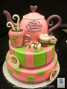 Pink and white swirl ribbons and bows birthday cake by Celebrity