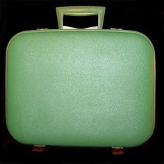Vintage avocado green suitcase - 1950s 1960s