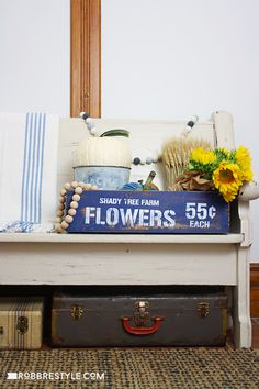 Fall Farmhouse Flower Box On An Old Bench In The Entry Robb Restyle