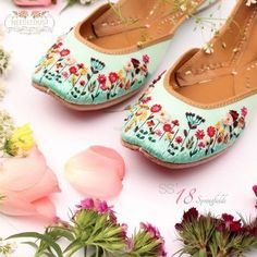 From Pearl Beads To Bird Motifs: Flat Juttis To Buy Under Rs. For Your Smaller Functions! Bridal Sandals, Bridal Shoes, Wedding Shoes, Dress Up Shoes, Bohemian Shoes, Indian Shoes, Wedge Heel Sneakers, Pretty Sandals, Stylish Sandals