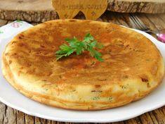 Tavada Yufkasız Börek Nasıl Yapılır? Quiche, Camembert Cheese, Tea Time, Brunch, Food And Drink, Ethnic Recipes, Recipe, Bakken, Quiches