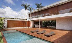 AH House por Studio Guilherme Torres - http://www.galeriadaarquitetura.com.br/projeto/studio-guilherme-torres_/ah-house/1111