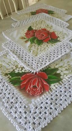 How to Crochet Wave Fan Edging Border Stitch Crochet Dollies, Crochet Quilt, Cotton Crochet, Crochet Home, Thread Crochet, Crochet Stitches, Free Crochet, Knit Crochet, Crochet Table Runner
