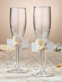 Seashell Toasting Gles Beach Theme Flutes Are Perfect For That Destination