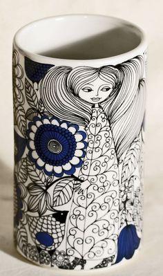 Esteri Tomula for Arabia Finland Ceramic Clay, Porcelain Ceramics, Ceramic Pottery, Vintage Pottery, Vintage Ceramic, Kitsch, Vases, Sgraffito, Pottery Designs