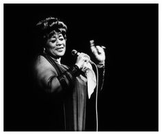 Ella Fitzgerald opened her window at the Provencal Hotel and gave  first, surprise  jazz concert in Juan les  Pins