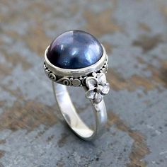 Cultured pearl flower ring, 'Blue Moon' - Floral Sterling Silver and Pearl Cocktail Ring Silver Pearl Ring, Silver Pearls, Blue Pearl, Black Gold Jewelry, Pearl Jewelry, Flower Jewelry, Glass Jewelry, Stone Jewelry, Cocktail
