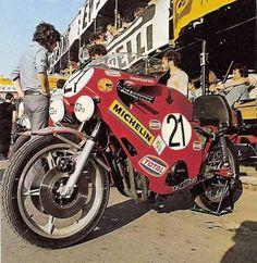 Valentino Rossi, Honda Cb, Sidecar, Custom Bikes, Motorbikes, Cars Motorcycles, Racing, Vehicles, Vintage