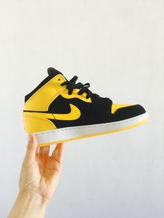 Jordan Air 1 Mid (BG) Black and Yellow shoes