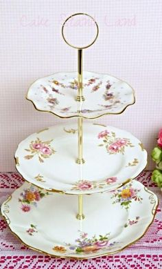 Royal Crown Derby Cake Stand http://www.cakestandland.co.uk