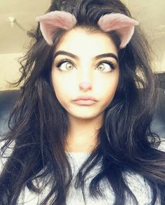 Follow @hajirkhan777 ⚃ Snapchat Selfies, Snapchat Girls, Autumn Photography, Photography Poses, Scene Couples, Stylish Dpz, Stylish Girl Pic, Beauty Shoot, Girly Pictures