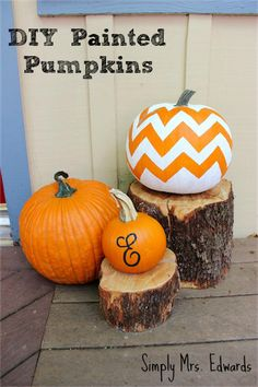 DIY Painted Pumpkins logs for pumpkin stand  that is what Im talking about