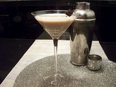 Key ingredients to throwing a Single & Fabulous party, starting with a Tiramisu Martini!