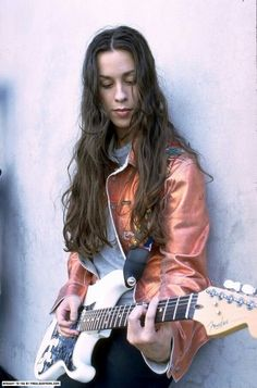 Alanis (Just don't piss her off! Female Guitarist, Female Singers, Rock Roll, Music Is Life, My Music, Alanis Morissette, Women Of Rock, Nostalgia, Guitar Girl
