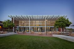 Physical Sciences + Engineering Center / Ratcliff