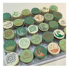 Eid stencils Eid Cupcakes - Ramadan cakes stencils available at Stenciland shop on Etsy