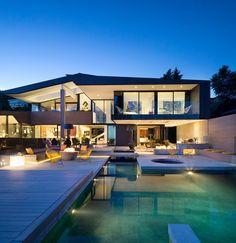 Groveland House by Mcleod Bovell Modern Houses