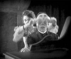 We Had Faces Then — talesfromthecrypts: Since first I saw your face,... Silent Horror, Silent Film, Classic Horror Movies, Classic Films, Film Pictures, Funny Pictures, Beste Gif, Vintage Horror, Vintage Films