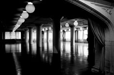Monochrome Nightmare – Empty