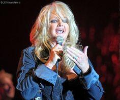 #BonnieTyler #2010 #live #rock #music