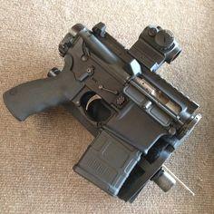 Military Weapons, Weapons Guns, Arsenal, Police Tactical Gear, Ar15 Pistol, Ar 15 Builds, Battle Rifle, Custom Guns, Cool Guns