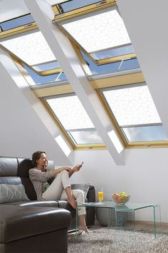 The ARP roller blind provides protection against sunlight, pleasantly shading the interior during sunny days