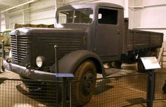 1942 Bussing-NAG 4500 A-1 4x4 Heavy Cargo Truck Vintage Trucks, Old Trucks, Pickup Trucks, Thing 1, Car Pictures, Ww2, Antique Cars, Jeep, German