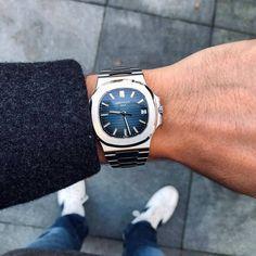 Royal Oak, Patek Philippe, Nautilus, Luxury Watches For Men, Dream Shoes, Mens Fashion, Men's Watches, Artworks, Gems