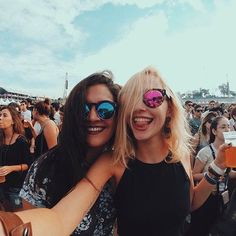 Festival selfie in cool shades
