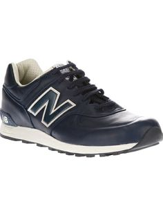 NEW BALANCE Lace-Up Trainer