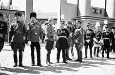 Parada Militara in Cotroceni - 10 mai 1937 Che Guevara, Art, Military, Art Background, Kunst, Art Education