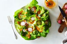 How to Make Carrot-Ginger Benihana Salad Dressing