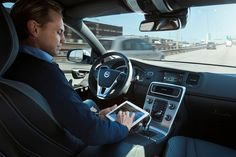 Volvo isn't going to hoard its self-driving car expertise. It's partnering with safety supplier Autoliv on a joint venture that will create autonomous driving software (including driver assistance). Volvo, Drunk Driving, Self Driving, Michigan, Auto Business, Innovation, Automobile, Der Computer, Nissan Leaf