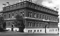 (4) Vintage Melbourne in Black & White | Page 16 | SkyscraperCity Imperial Hotel, Horse Drawn Wagon, State School, Park Hotel, Melbourne, Skyscraper, Old Things, Skyline, Australia