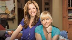 Mom | Séries | Warner Channel