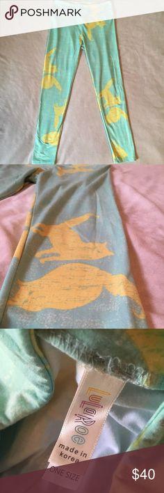 Spotted while shopping on Poshmark: Lularoe OS cat leggings RARE! #poshmark #fashion #shopping #style #LuLaRoe #Pants