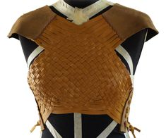 Woven Leather Armour Source by fauniavs Viking Cosplay, Cosplay Diy, Cosplay Ideas, Cosplay Costumes, Viking Armor, Larp Armor, Female Armor, Female Knight, Diy Leather Armor