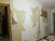 http://www.doityourself.com/forum/attachments/painting/3439d1347775130-removing-layers-wallpaper-img_3633.jpg